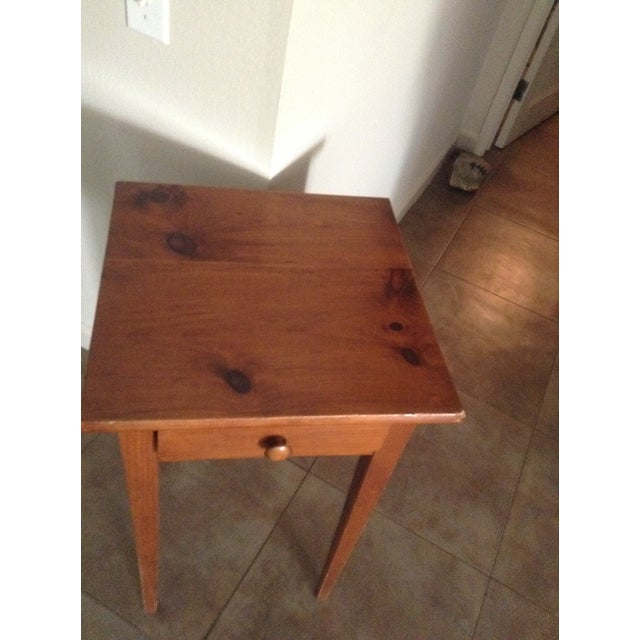 Rustic Handcrafted Pennsylvania Shaker Style Accent Table For Sale - Image 3 of 5