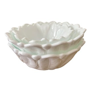 Vintage Mid-Century Trio of Scalloped Edge White Milk Glass Bowls by Indiana Glass For Sale