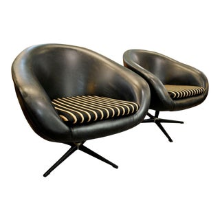 Mid Century Modern Black Swivel Overman Pod Lounge Chairs-A Pair For Sale