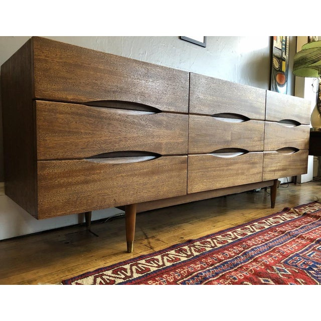 Metal Mid Century American of Matinsville 9 Drawer Dresser/Lowboy For Sale - Image 7 of 9