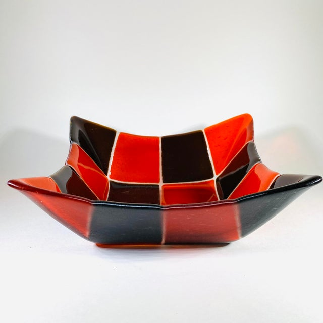 Mid-Century Modern 1970s Mid Century Modern Fused Art Glass Square Bowl in Red and Chocolate Brown For Sale - Image 3 of 8