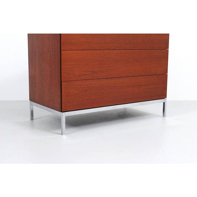 1960s Pair of Teak Dressers by Florence Knoll For Sale - Image 5 of 11