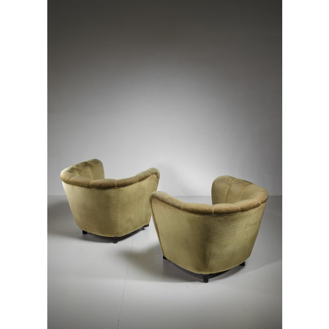 Mid-Century Modern Pair of Club Chairs with Green Velour Upholstery, Denmark, 1940s For Sale - Image 3 of 5
