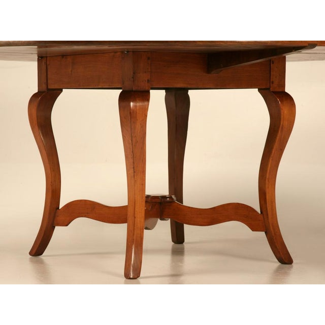 """Vintage English Hand-Crafted Solid Cherry 64"""" Round Dining Table For Sale - Image 4 of 11"""