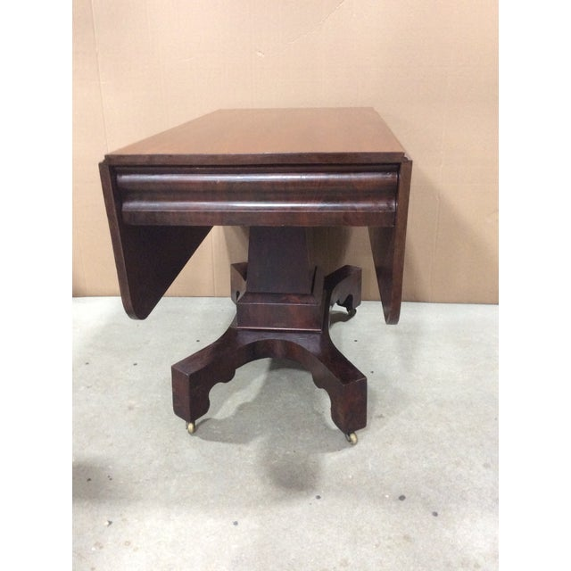 19th Century American Classical Mahogany Drop Leaf Table For Sale - Image 9 of 9