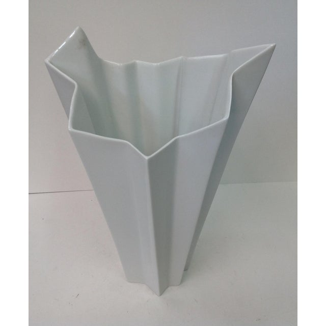 1960s Hutschenreuther White Op Art Vase For Sale - Image 5 of 7