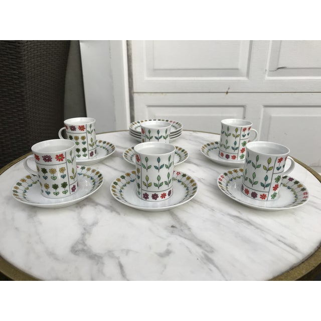 Ceramic Emilio Pucci for Rosenthal Studio Demitasse Cups and Saucers - Set of 6 For Sale - Image 7 of 7