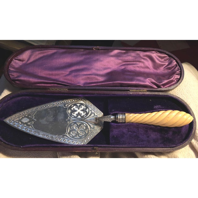 Antique Cake Server in Case For Sale - Image 12 of 12