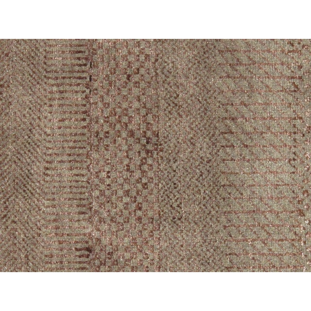 The brand Pasargad is the perfect blend of class and elegance. These Transitiona rugs are sure to add a touch of modern...