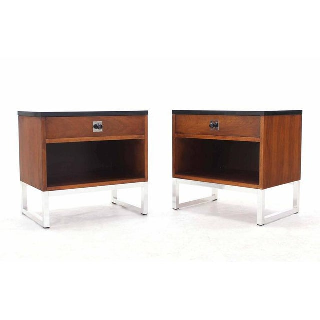 Nice Mid-Century Modern pair of end tables on chrome bases.