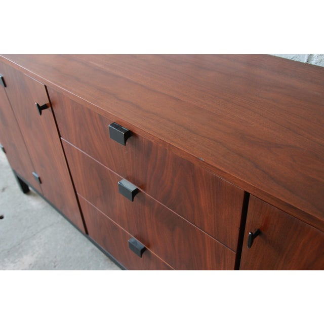 Milo Baughman for Directional Mid-Century Modern Walnut Credenza or Triple Dresser For Sale - Image 10 of 12