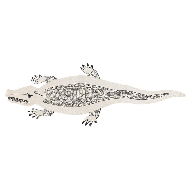 2010s Modern Schumacher Charlap Hyman & Herrero Caiman Alligator Natural Abaca Rug - 3′5″ × 9′5″ For Sale - Image 5 of 5