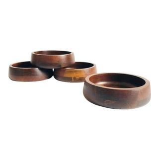 Vintage Walnut Salad Bowls - Set of 4 For Sale