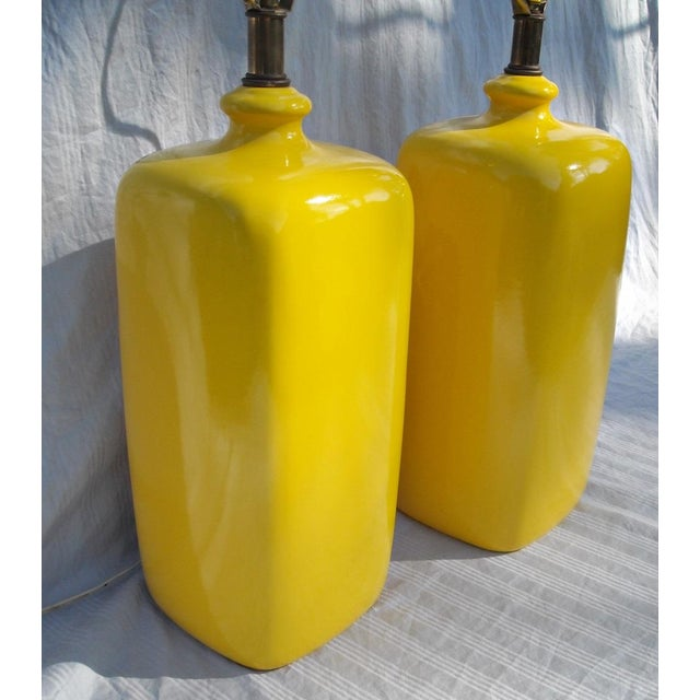 Mid Century Modern Vibrant Yellow Lamps - Pair - Image 6 of 8