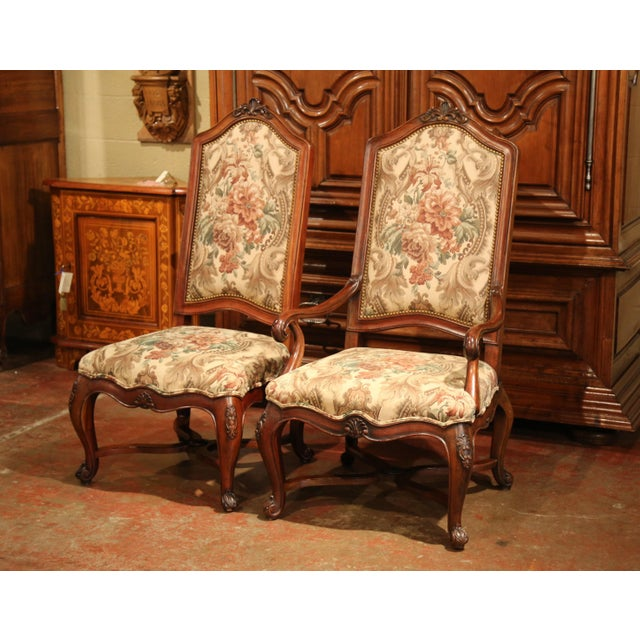 Late 20th Century French Carved Walnut and Fruitwood Dining Chairs and Armchairs - Set of 8 For Sale - Image 5 of 13