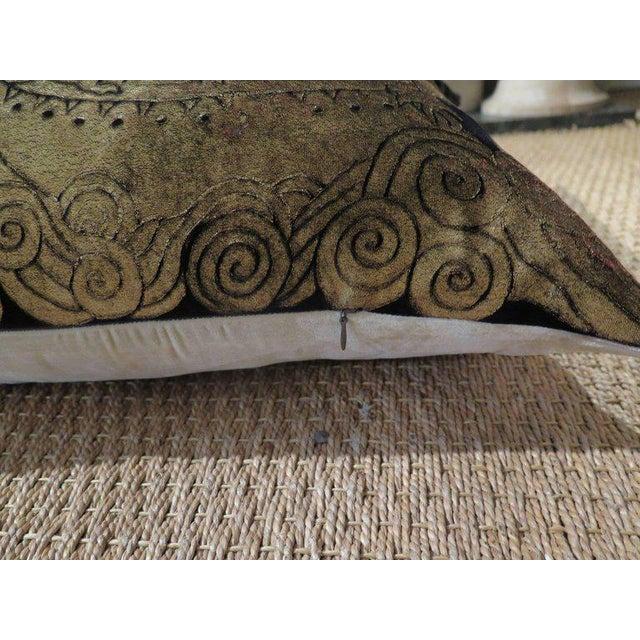 Venetian Hand Dyed Silk Velvet Pillow For Sale - Image 4 of 6