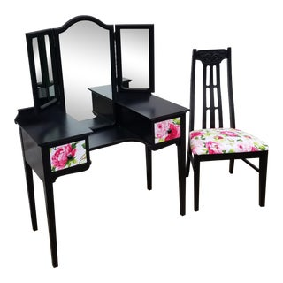 Black and Pink Floral Vanity Set With Trifold Mirror and Chair For Sale