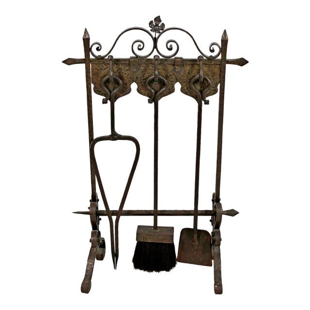 1940s Vintage French Art Deco Wrought Iron Fireplace Tool Set - 4 Pieces For Sale