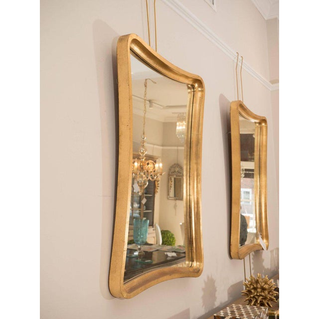 1970s Pair of Giltwood Wavy Mirrors For Sale - Image 5 of 6