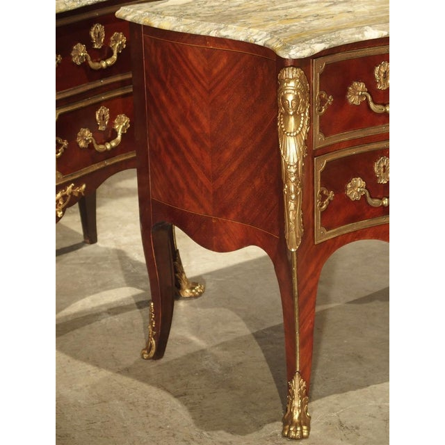 Pair of Early 1900s Mahogany and Gilt Bronze Mounted Louis XV Style Commodes For Sale In Dallas - Image 6 of 13