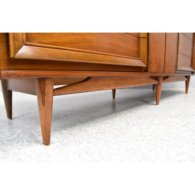Sculpting Mid-Century Modern Dresser/Credenza by Basic Witz For Sale - Image 7 of 12