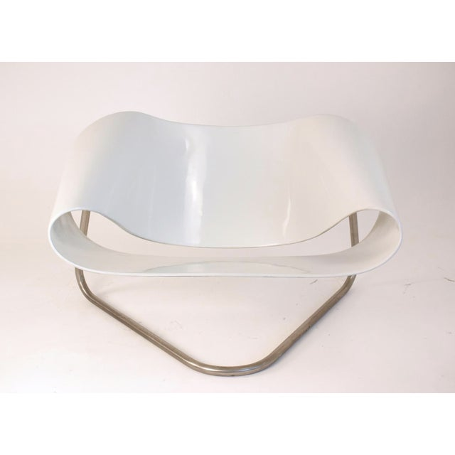 20th Century Ribbon Chair by Cesare Leonardi and Franca Stagi for Bernini. This sculptural statement piece named the...