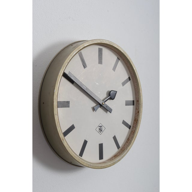 1960s Large Industrial Factory or Stration Clock by Telefonbau Und Normalzeit For Sale - Image 5 of 7
