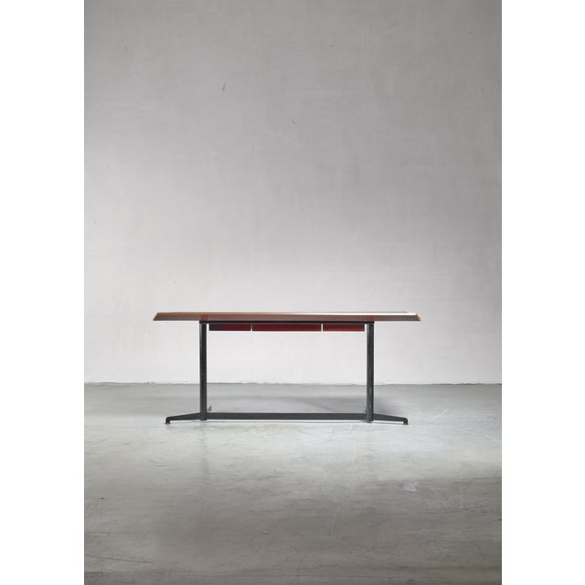1950s Osvaldo Borsani First Edition T90 Desk, Italy, 1950s For Sale - Image 5 of 7