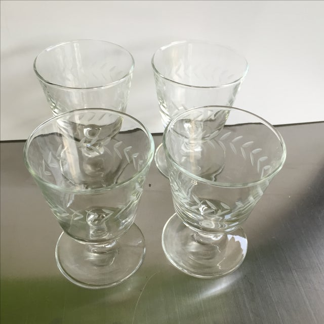 Laurel Wreath Champagne Glasses - Set of 4 - Image 5 of 5