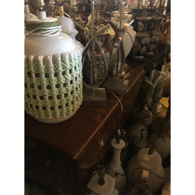Vintage 1960s White and Green Ceramic Lamps - a Pair For Sale - Image 9 of 10