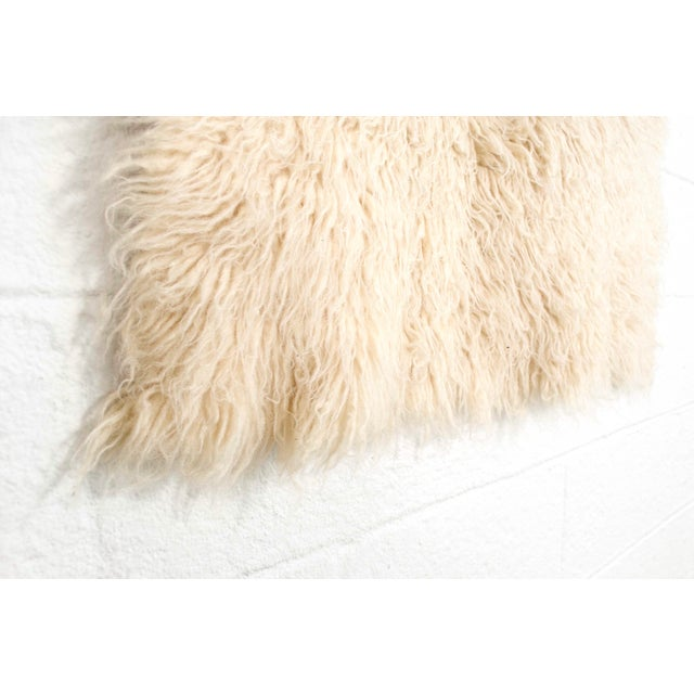 """White Vintage Mid Century Wool Shag Rug - 3' X 5'5"""" For Sale - Image 8 of 11"""