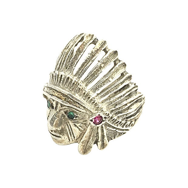 Vintage Native American Chief Head Sterling Silver Ring featuring a sterling silver ring shaped like a Native American...