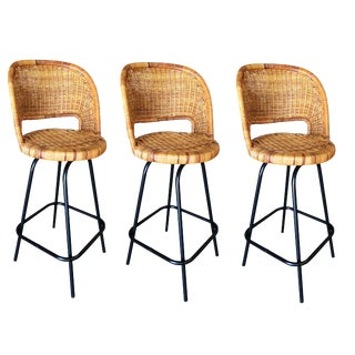 Swivel Wicker Bar Stools in the Seng of Chicago Style, Set of 3 For Sale