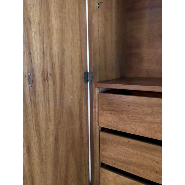 1960s American Classical Walnut Armoire and Hutch For Sale In Miami - Image 6 of 9