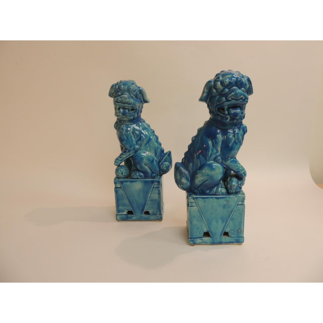 Vintage Ceramic Turquoise Foo Dog on Stand - a Pair - Image 5 of 5