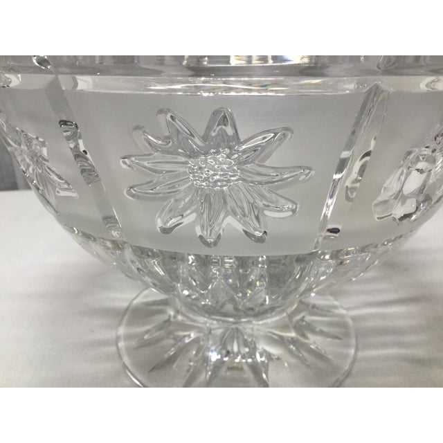 Contemporary Late 20th Century Daisies, Roses & Dafodiles Lead Crystal Pedestal Bowl For Sale - Image 3 of 7