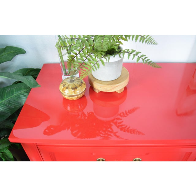 Wood 19th Century Thomasville Positive Red High Gloss Lacquer Dresser For Sale - Image 7 of 13
