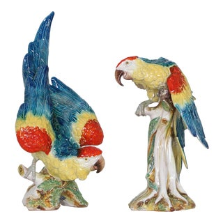 Life-Size Mid Century Italian Majolica Parrot Figurines - a Pair For Sale
