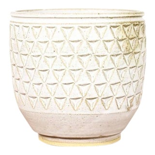 Christian Boehr Ceramic Stoneware Planter — Large Delta Pattern —White Glaze — P38 For Sale