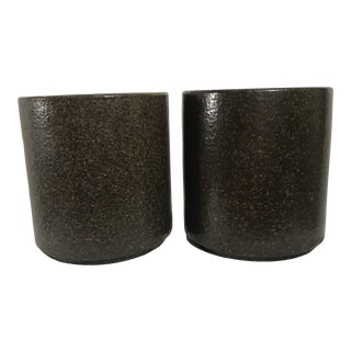 Mid Century Modern Gainey Architectural Ceramics Speckled Planter – a Pair For Sale