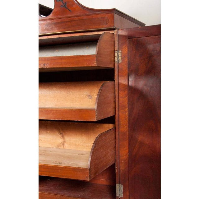 Fine George III Mahogany and Rosewood Linen Press For Sale In Boston - Image 6 of 10