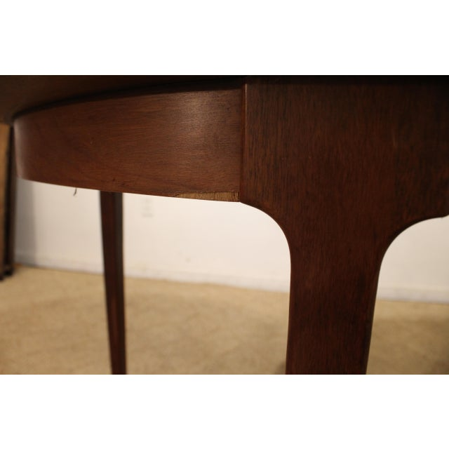 Mid-Century Modern Drexel Counterpoint Round Extension Walnut Dining Table #14 For Sale - Image 9 of 13