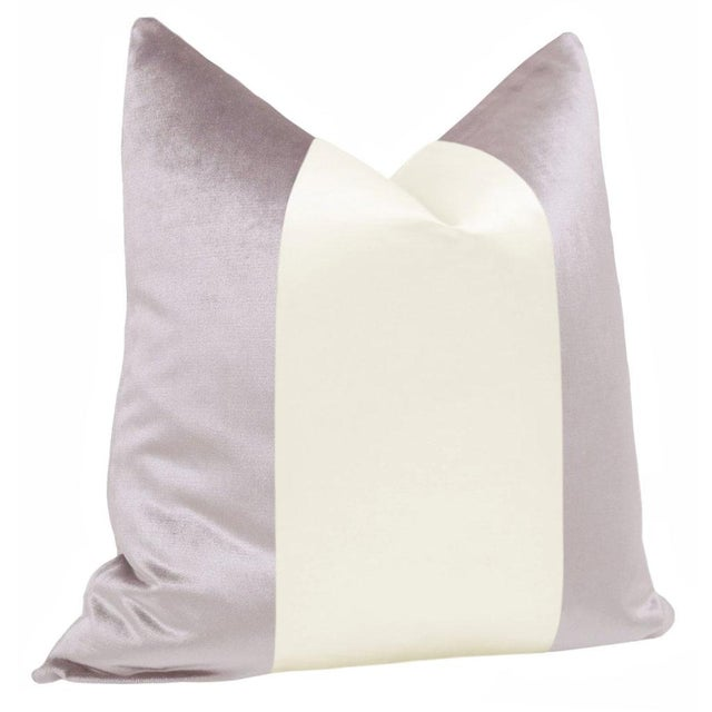 "Contemporary 22"" Smokey Lavender Velvet & Alabaster Silk Panel Pillows - a Pair For Sale - Image 3 of 5"