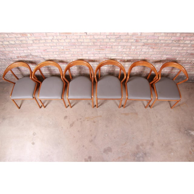 Baker Furniture Mid-Century Modern Sculpted Solid Maple Dining Chairs, Set of Six For Sale In South Bend - Image 6 of 13