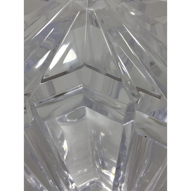 Transparent 1970s Vintage Alessandro Albrizzi Lucite Star Ice Bucket For Sale - Image 8 of 11