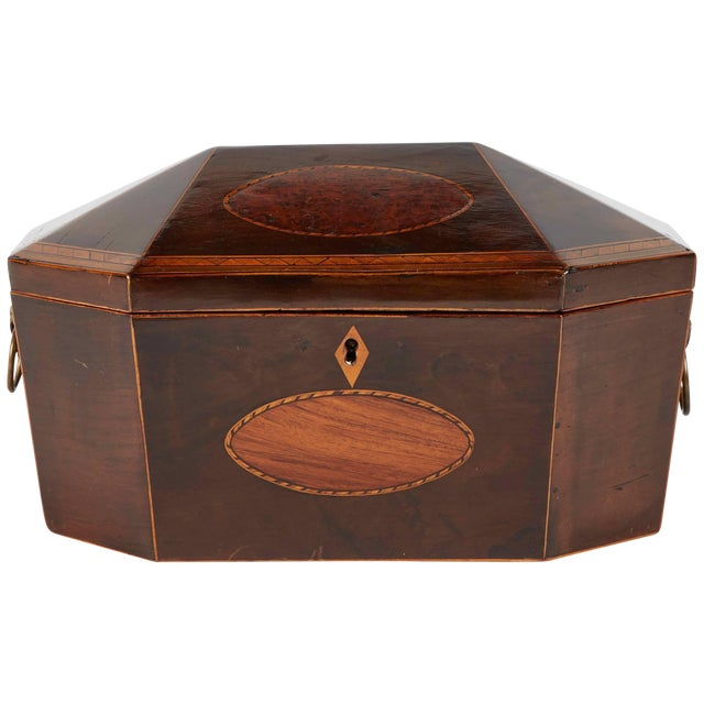 18th Century English Burl Yew Wood Box For Sale