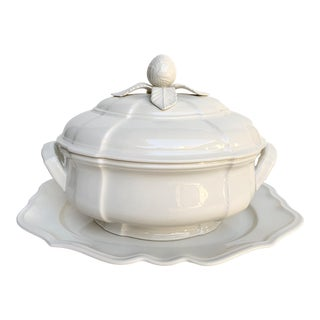 Villeroy & Boch Manoir Soup Tureen and Platter - 2 Pieces For Sale
