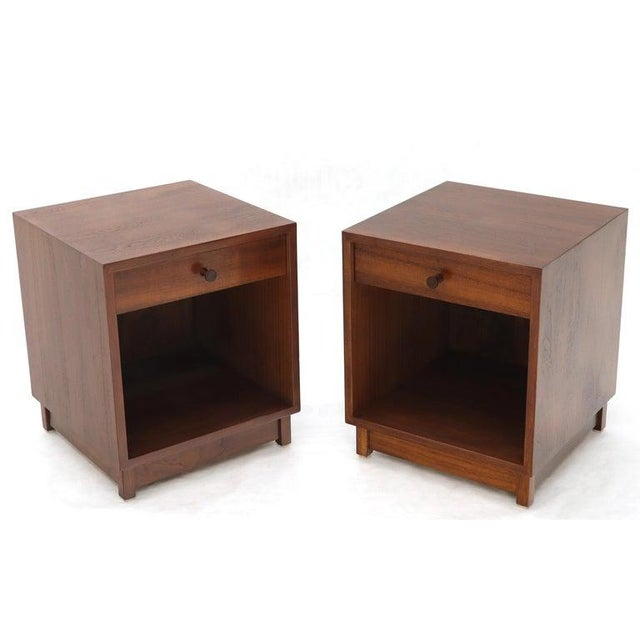 Brown Pair of Cube Shape Oiled Walnut One Drawer Mid-Century Modern End Tables Stands For Sale - Image 8 of 13