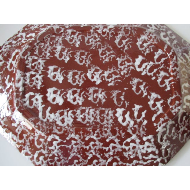 Late 19th Century Antique Spongeware Ceramic Platter in White and Brown For Sale - Image 5 of 6