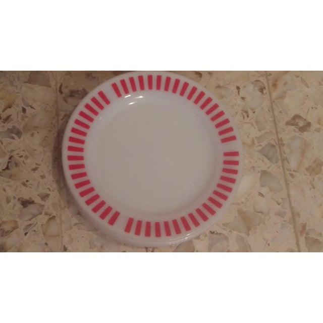 Red Hazel Atlas Red Candy Stripe Dinner Plates - Set of 8 For Sale - Image 8 of 11